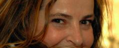 Una donna di Komodo (di Emanuela Giangrandi)